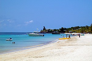 English: West Bay Beach, Roatan, Honduras.