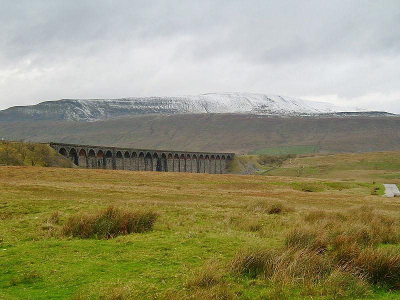 File:Whernside and Ribblehead Viaduct.jpg
