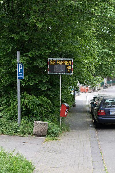 File:Wuppertal Arrenberger Straße 2016 125.jpg