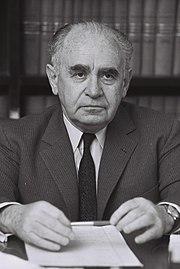 Yaakov Shimshon Shapira 1966-01-11.jpg
