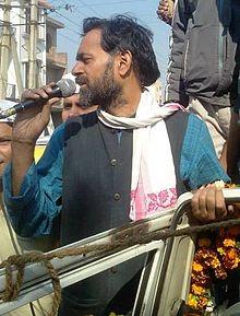 Yogendra Yadav - Wikipedia