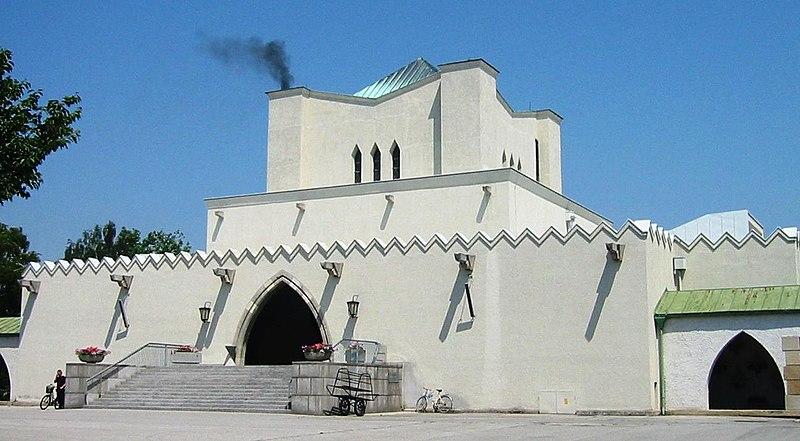 Najpoznatije svetske arhitekte 800px-Zentralfriedhof_Krematorium