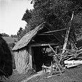 """Klanica"" (drvarnica), ima ob strani late (kozolec!) 1954.jpg"