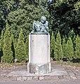Калининград - Зоопарк - Памятник Герману Клаассу.jpg