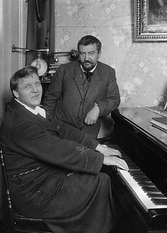 А.И.Куприн и Ф.И.Шаляпин. Петербург. 1911г.