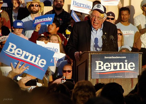Bernie Sanders Rally San Diego. Photo by John Nicksic, Creative Commons Attribution-Share Alike 4.0 International license.