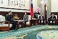 01.12 總統接見「美國在台協會台北辦事處處長酈英傑」 - Flickr id 49371295222.jpg