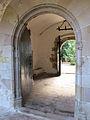 026 Sant Jeroni de la Murtra, l'atri des del claustre.JPG