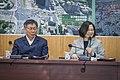 12.13 總統視察北門廣場並聽取西區門戶計畫簡報 (32425815038).jpg