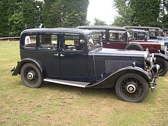 Morris Cowley - Morris Cowley Six six-light saloon 1934