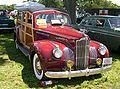1941 Packard 120 Woody DeLuxe.jpg
