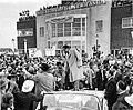 1960 - Nixon at ABE Airport - Allentown PA.jpg