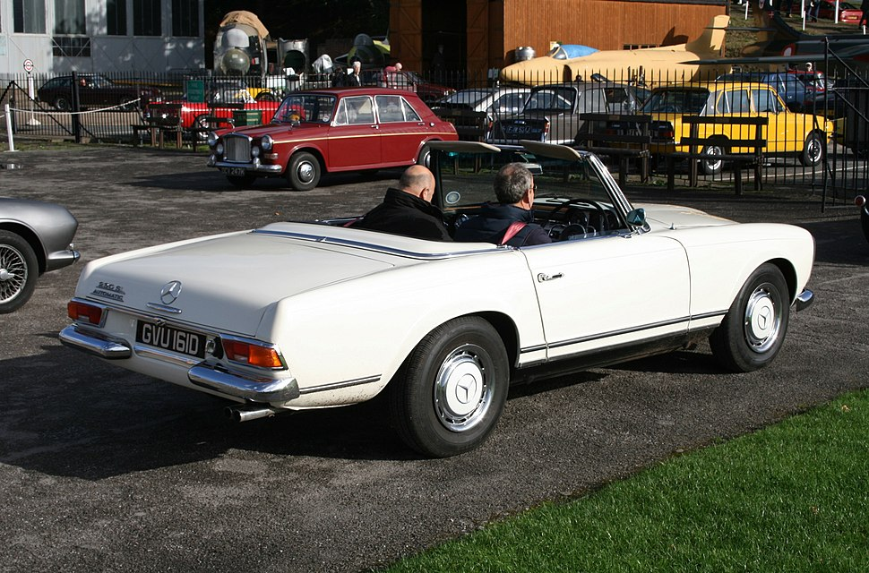 1966 Mercedes-Benz 230SL convertible (10560521576)