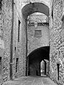 2002 Italy Siena street 02.jpg