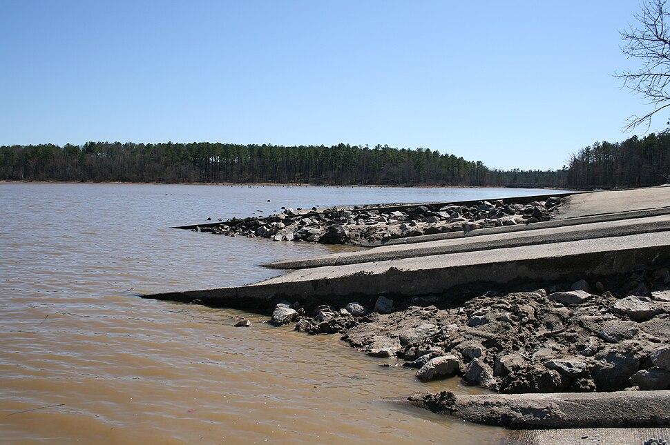 2008-03-09 Falls Lake boat ramp