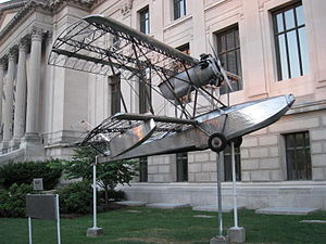 Savoia-Marchetti S.56 - The Budd BB-1 ''Pioneer'' in front of the Franklin Institute.