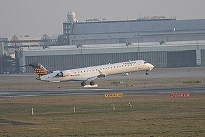 2012-03-15 CRJ900 EW D-ACNM EDDH 01.jpg