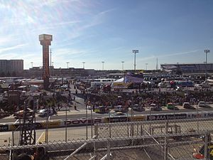 2014 AAA 400 - Qualifying for the race