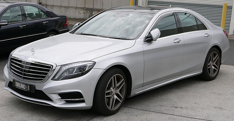 Archivo:2014 Mercedes-Benz S 350 BlueTEC (W 222) sedan (2016-01-04) 01.jpg