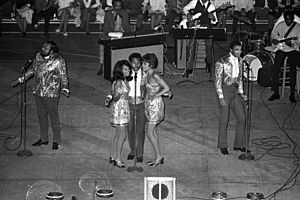 The 5th Dimension - The group performing in 1970.