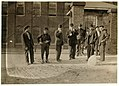 6-00 A.M., May 15, 1909. Group going into Mill No. 1 Cocheco Mfg. Co., Dover, N.H. LOC nclc.01777.jpg