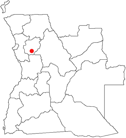 More than 700 villagers trekked 60 kilometres (37 mi) from Golungo Alto to Ndalatando (red dot), fleeing an UNITA attack. They remained uninjured. AO-N'dalatando.png