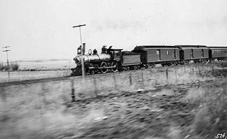 An AT&SF passenger train in operation, circa 1895.