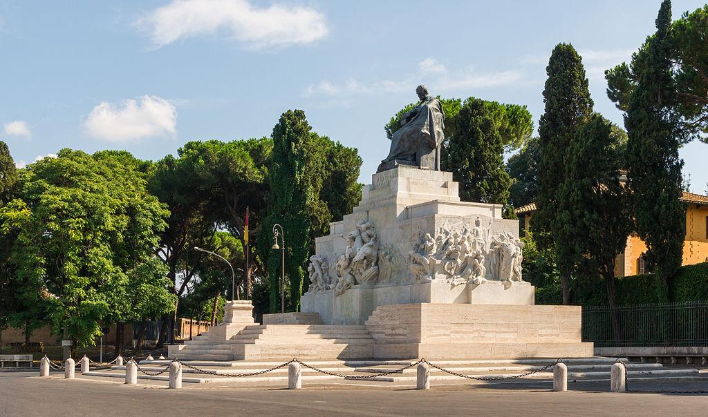 En Mazzini landet, monument, Rom, Italy.jpg