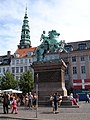 Absalon statue, Copenhagen.jpg
