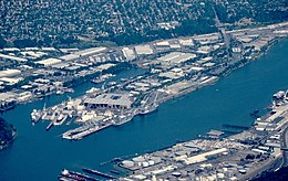 Aerial view of Swan Island in Portland, Oregon, from west in June 2018.jpg
