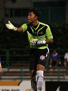 Ahmadulhaq Che Omar Singaporean footballer