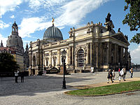 Akademie. Dresden.jpg