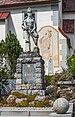 Albeck Sirnitz Kriegerdenkmal vor Pfarrkirche hl. Nikolaus 13092021 1376.jpg