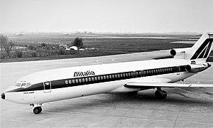 Alitalia B-727 I-DIRB.jpg