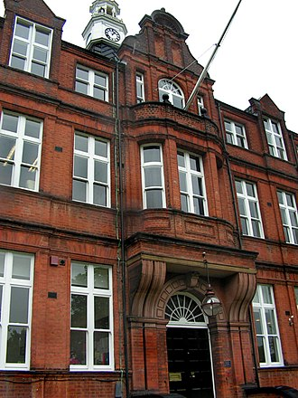 Alleyn's School - Front of the main building of Alleyn's School