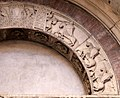Ambito di wiligelmo, porta della pescheria, 02 ciclo di artù 04.jpg