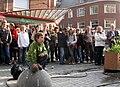 Amiens (21 juin 2010) public non loin de la mairie 5.jpg