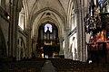 Angers-Kathedrale-128-Mittelschiff-2008-gje.jpg
