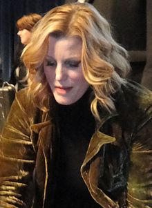 Description de l'image  Anna Gunn PaleyFest cropped.jpg.