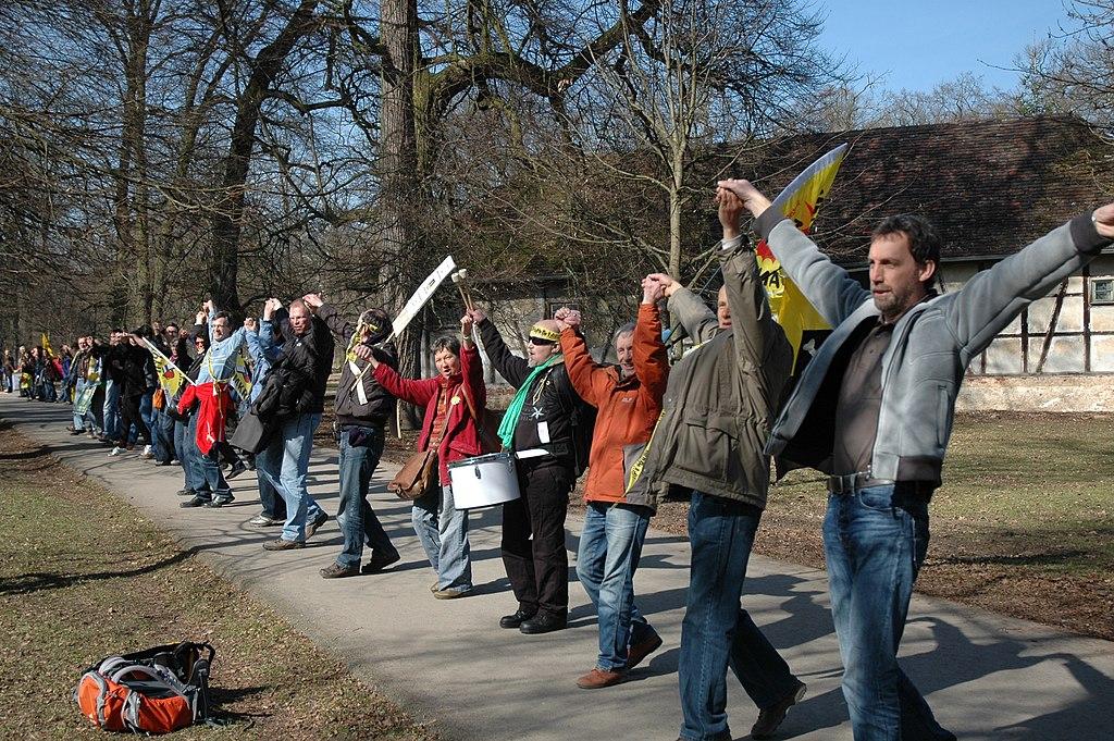 Anti-Atom-Menschenkette 2011-03-12 Ludwigsburg 03