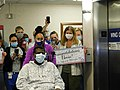 Arvin McCray, first COVID-19 patient goes home aft 50 days (49860624127).jpg