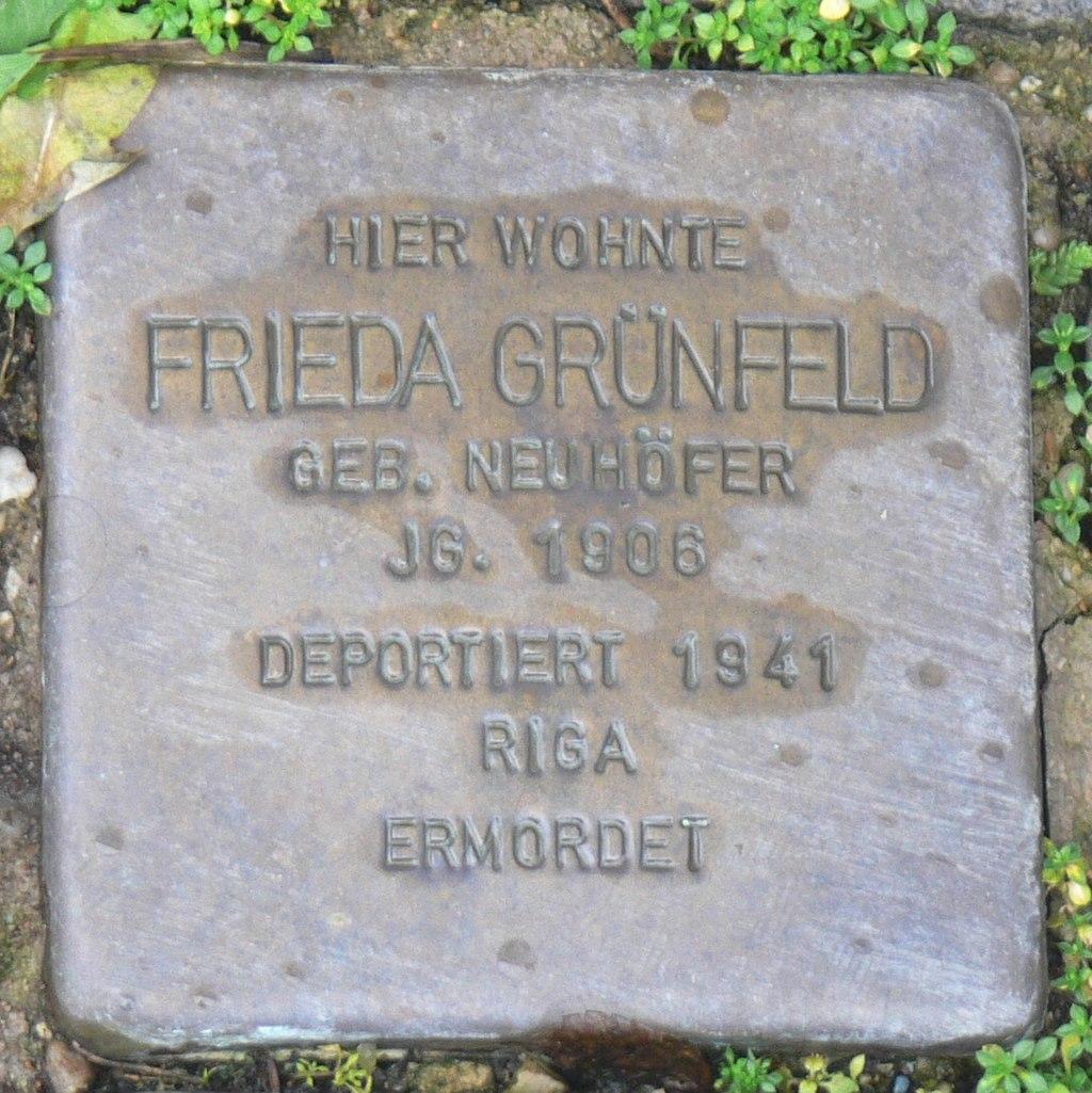Aub - Stolperstein Grünfeld, Frieda.jpg