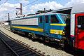 B 2727 + train, B Midi-Zuid, 2014 (2).JPG