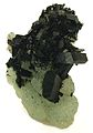 Babingtonite-Prehnite-bab02b.jpg