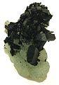 Babingtonite-Prehnite-bab02b.jpg