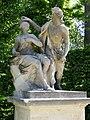 Bacchus and Ariadne - Skulptur im Barockgarten Grosssednitz.JPG