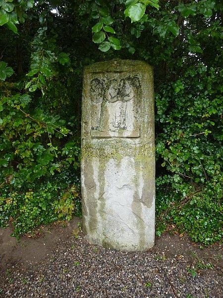 Balinghem (Pas-de-Calais) parc du chemin de croix, station 04