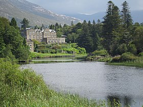 Ballynahinch Castle (6047970360).jpg