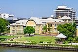Bang Khun Phrom Palace from Rama VIII Bridge.jpg