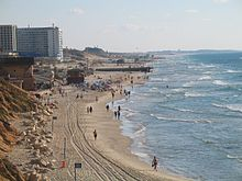 Bat-Yam-beach-south-2.jpg
